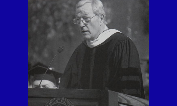 News veteran Roger Mudd pictured speaking at Marymount University's 52nd annual commencement ceremony in 2003