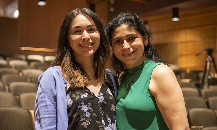 Karla Mercado Dorado, a sophomore at Marymount University, with her mother