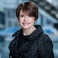 Halo Awards winner Marlene Malek, recipient of the Distinguished Alumni Award from the College of Health and Education